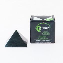 Pyramide shungita côté 4 cm